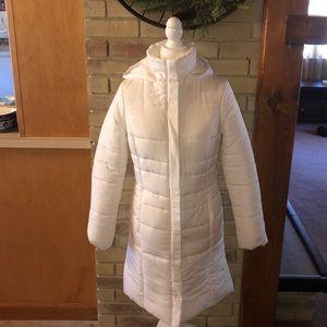 Like New White Merona puffer hooded long jacket